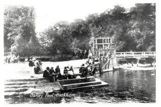 Odney Pool, Cookham, c1930 | John Lewis Partnership Archives - Ref. 2456/a