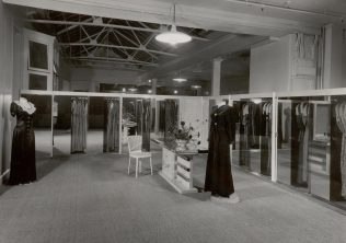 Bainbridges interior; the dressing room shop, 1949