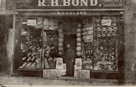 Robert Herne Bond, humble beginnings in Norwich