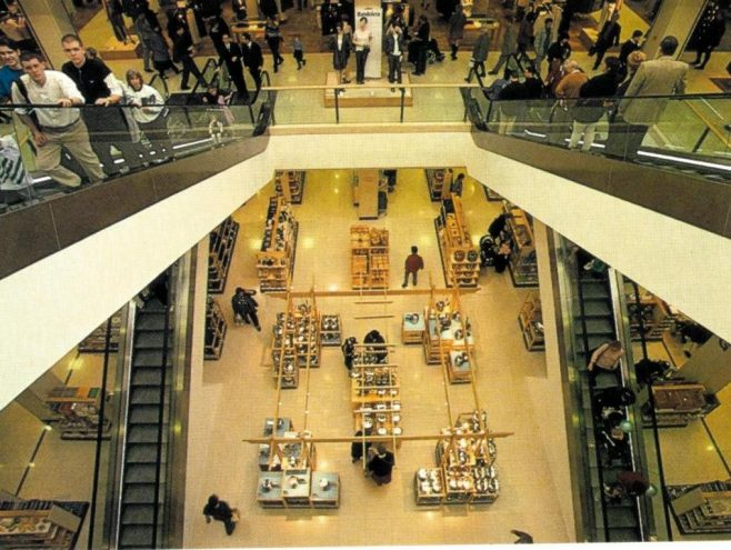 John Lewis Bluewater elevator shot; Crowds swarm the new store