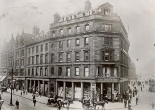 The famous Coles Corner and the exterior of Cole Brothers