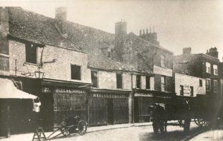 Heelas exterior, 1865-1874