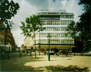 Peter Jones and Sloane Square in 1986