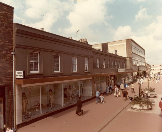 Queens Road exterior 1985 | JLP Archive Collection