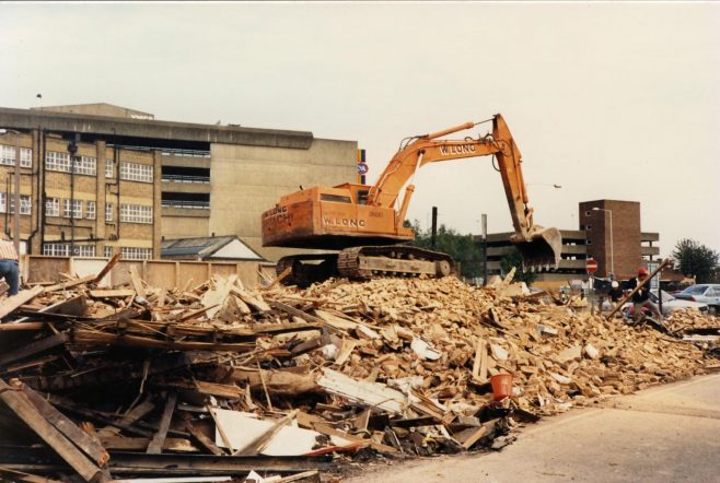 Demolition of the cottages being complete the Kinghams warehouse and the multi-storey car park above C & A are now visible. | JLP Archive Collection