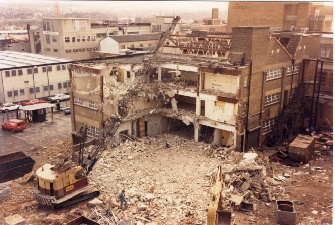 Kinghams building being demolished. | JLP Archive Collection