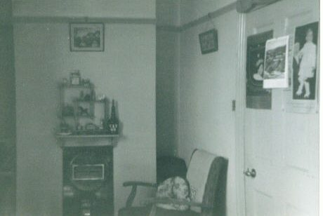 Frances Waterson's room in the Robert Sayle Hostel with audio memories