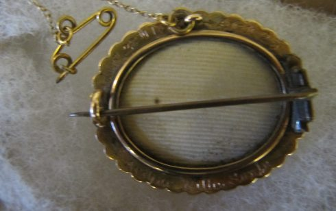Mourning brooch for Robert Sayle's oldest son.