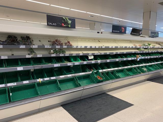 Fruit & vegetable aisle