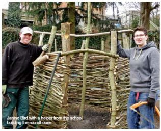 Chesham helps build roundhouse