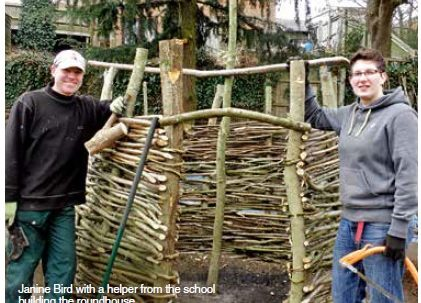 Chesham helps build roundhouse