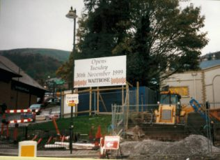 Opening sign 'Opens Tuesday 30 November 1999' | Courtesy Malvern Museum