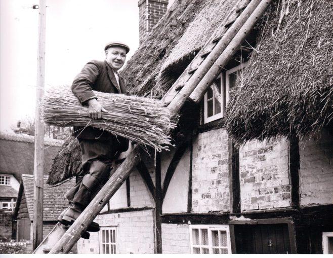 Mr Somerton, thatcher at Leckford estate 1965 | C E Wardell