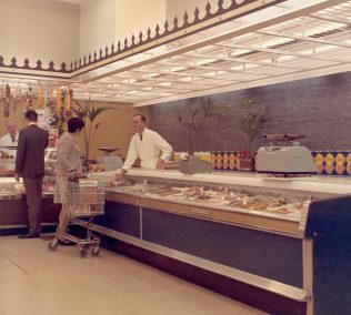 Wet Fish counter with a wall of water, Brighton 1966 | John Lewis Partnership Archive collection A/2855/iii