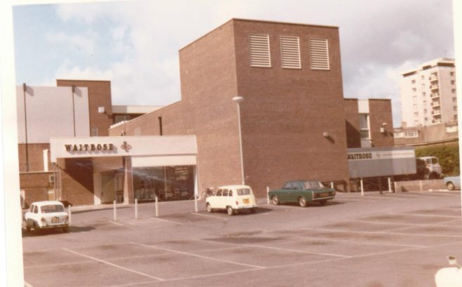 Waitrose Hayes 1971 with its large car park | John Lewis Partnership archive collection